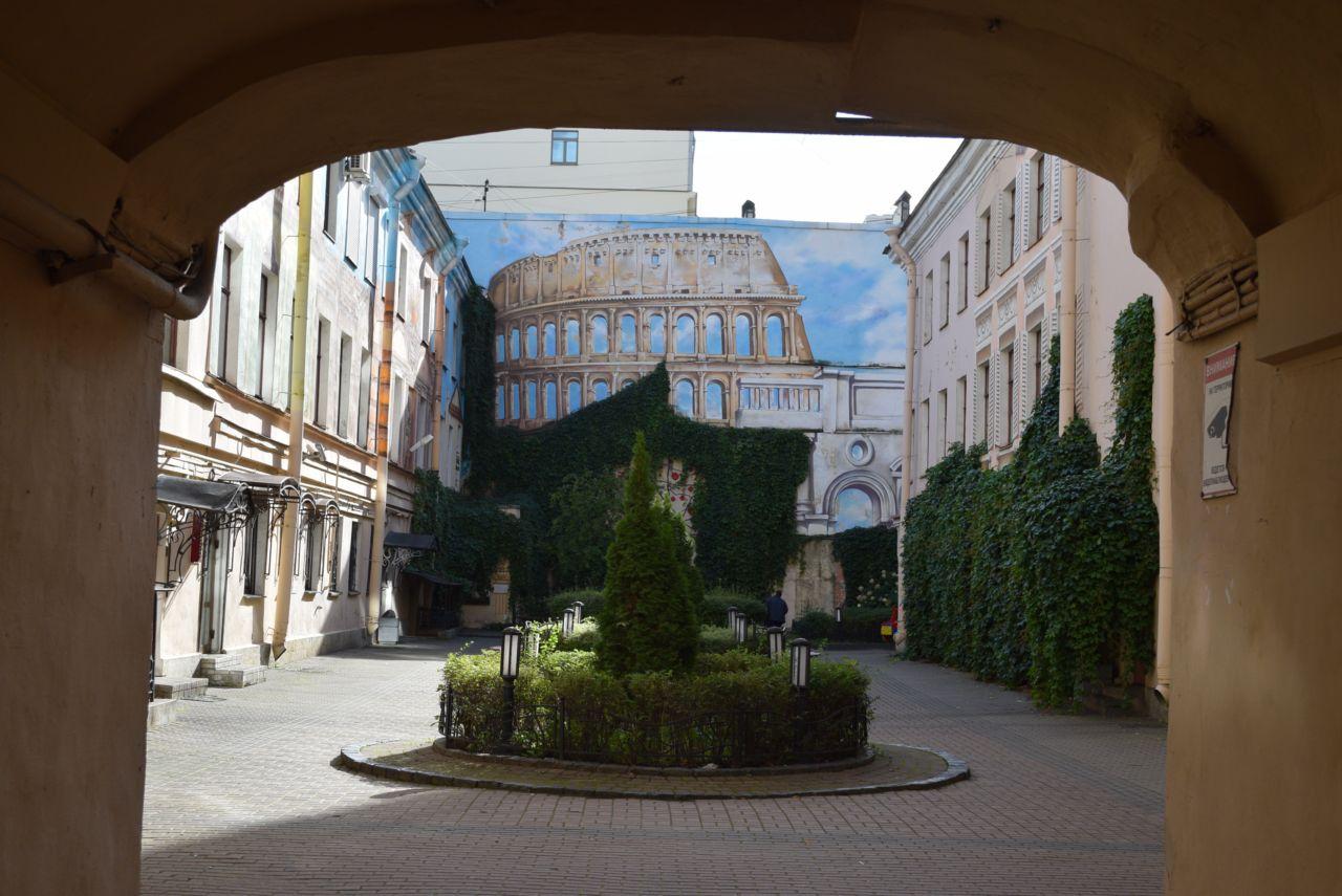 http://picterzone.ucoz.ru/TRVL/Kolosseo_spb/DSC_0919-1280.jpg