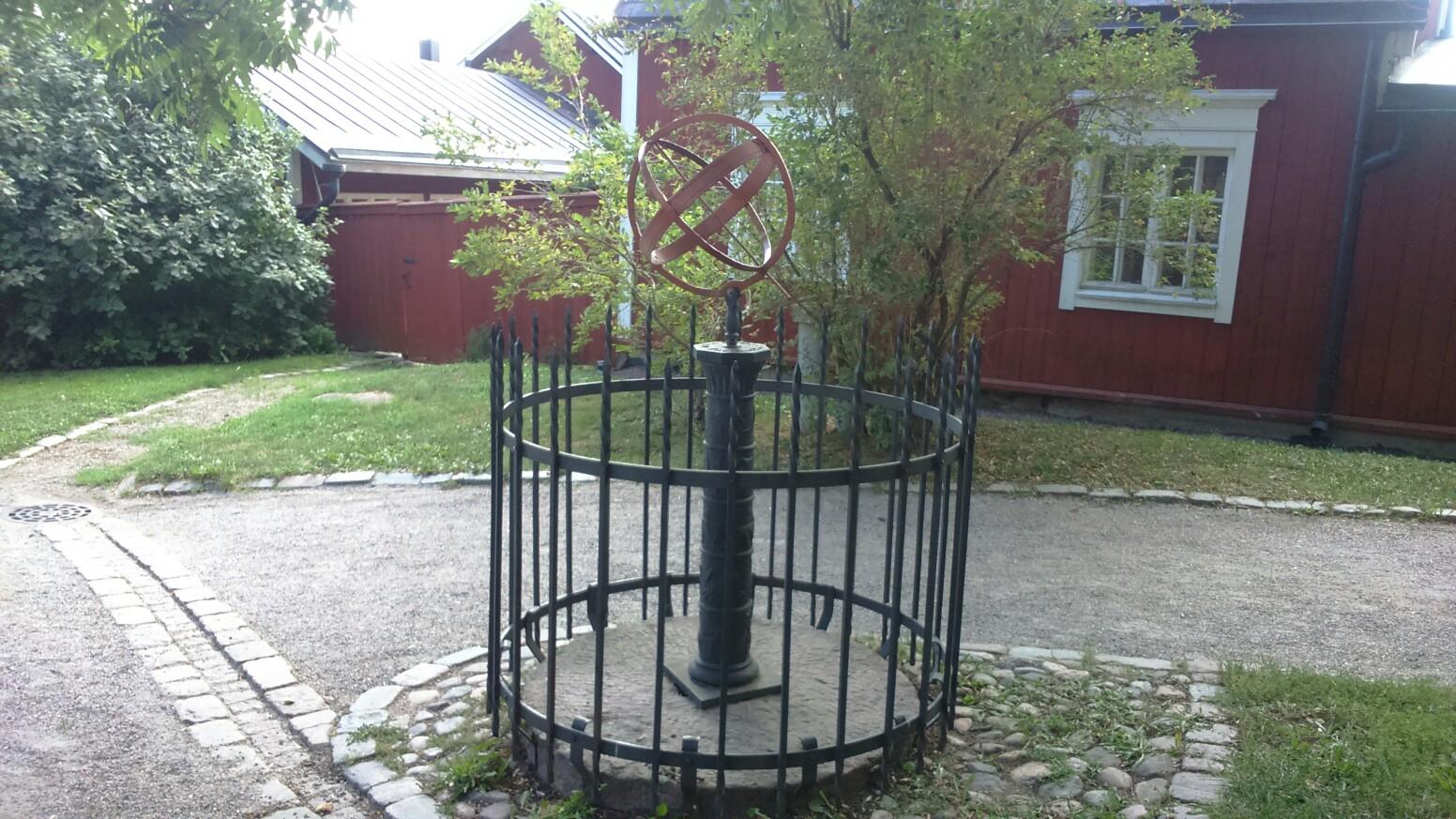 http://picterzone.ucoz.ru/TRVL/Porvoo/A_sphere_PRV_pan2.jpg