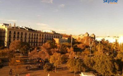 http://picterzone.ucoz.ru/TRVL/WebCams/Spain/BarsPortWell_400x248.jpg